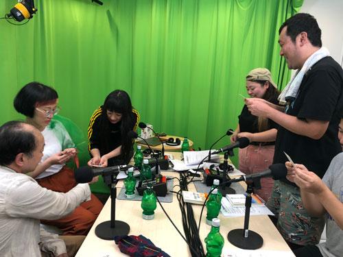 佐藤康行と渡辺直美との対談